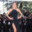 """Doutzen Kroes - Montée des marches du film """"Youth"""" lors du 68e Festival de Cannes, le 20 mai 2015."""