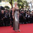 """Lara Stone - Montée des marches du film """"Youth"""" lors du 68e Festival de Cannes, le 20 mai 2015."""