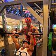 Anthony,  Koh-Lanta 2011 , est métamorphosé. Il dévoile son nouveau corps très musclé. 2015.