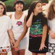 Kourtney et Kim Kardashian, jeunes filles, avec leurs amies Ashley et Allison. Photo publiée le 22 mai 2015.