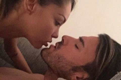 Nabilla et Thomas : Un nouveau cliché très hot, au lit, dévoilé...