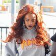 Rihanna arrive à l'aéroport de JFK à New York pour prendre l'avion, le 25 mai 2015