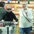 Exclusif - Nicole Richie et sa belle soeur Cameron Diaz font des courses ensemble dans un supermarché Le 09 Mai 2015