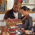 Kim Kardashian et Kanye West font du shopping dans la boutique pour enfants Trico Field, à SoHo. New York, le 1er juin 2015.