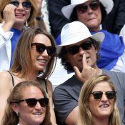 Laura Smet, tendre complice de son amoureux Raphaël, vibre à Roland-Garros