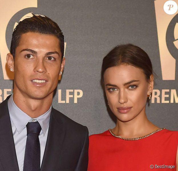 Cristiano Ronaldo et Irina Shayk à la soirée de gala de la Liga de football à Madrid en Espagne le 27 octobre 2014