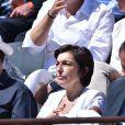 Ruth Elkrief, dans les tribunes lors de la finale des Internationaux de tennis de Roland-Garros à Paris, le 6 juin 2015.