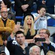 Pascal Obispo et sa compagne Julie Hantson au Stade de France pour la rencontre France - Belgique à Saint-Denis le 7 juin 2015