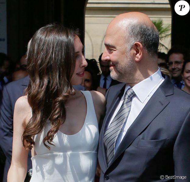 - Arrivées au mariage de Pierre Moscovici à la mairie du VIème à Paris. le 13 juin 2015 13/06/2015 - Paris