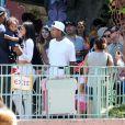 Kim Kardashian, enceinte et son mari Kanye West ont emmené leur fille North pour son 2ème anniversaire avec le reste de la famille à Disneyland à Anaheim, le 15 juin 2015. Kourtney Kardashian, ses enfants Mason et Penelope Disick, Kendall et Kylie Jenner, le rappeur Tyga et son fils King Cairo étaient présents.