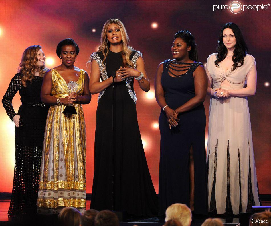 Natasha Lyonne, Uzo Aduba, Laverne Cox, Danielle Brooks et Laura Prepon recoivent le prix de de la meileure série comique pour Orange is the New Black lors des Critics' Choice Television Awards à Los Angeles, le 19 juin 2014.