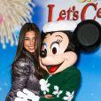 """Roselyn Sanchez à la soirée """"Disney on Ice Let's Celebrate!"""" à Los Angeles, le 11 décembre 2014"""