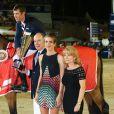 Le prince Albert II de Monaco, Charlotte Casiraghi, Diane Fissore (présidente de la fédération équestre de la Principauté et organisatrice du Jumping International de Monte-Carlo) posent avec le vainqueur du Jumping, Scott Brash lors de la soirée de clôture du Jumping de Monte-Carlo, à Monaco le 27 juin 2015