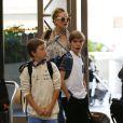 Exclusif - Kate Hudson et son fils Ryder arrivent à l'aéroport Tom Bradley à Los Angeles, pour prendre un vol international. Le 11 juin 2015