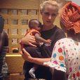 Elodie Gossuin est à Dakar au Sénégal, le mercredi 24 juin, aux côtés de l'Unicef pour une vaste campagne de vaccination des jeunes enfants.