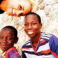 La belle Elodie Gossuin est à Dakar au Sénégal, le mercredi 24 juin, aux côtés des bénévoles de l'Unicef pour une vaste campagne de vaccination des jeunes enfants.