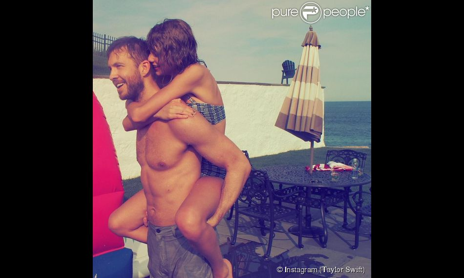 Calvin Harris porte Taylor Swift sur son dos en vacances (photo postée le 4 juillet 2015.3