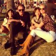 """Laeticia Hallyday poste cette photo de famille à l'occasion de la fête des pères le 21 juin 2015 et rend hommage à Johnny Hallyday avec ce message : """"Bonne fête des pères mon amour. Tu es unique."""""""