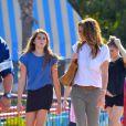 Cindy Crawford et sa fille Kaia Jordan à Disneyland en Californie le 19 octobre 2014.