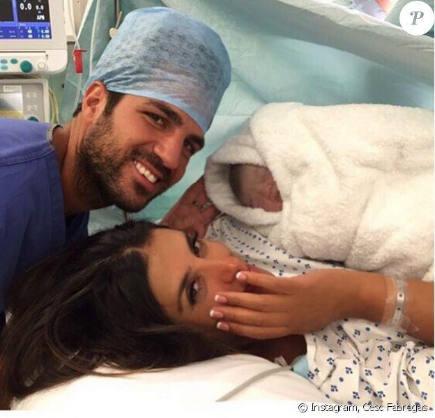 Cesc Fabregas, sa belle Daniella et leur petite fille - photo publiée le 10 juillet 2015