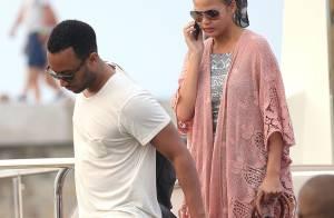 Chrissy Teigen : Touriste sexy à Saint-Tropez avec son mari John Legend