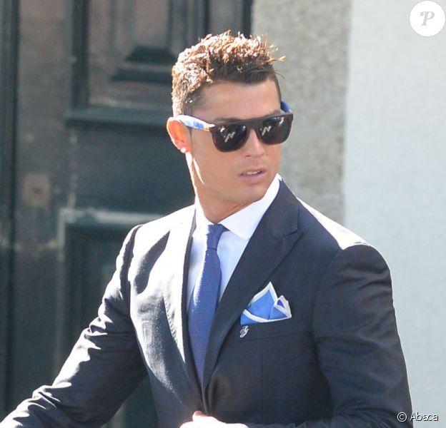 Cristiano Ronaldo au mariage de son grand ami et agent Jorge Mendes à Porto le 2 août 2015.