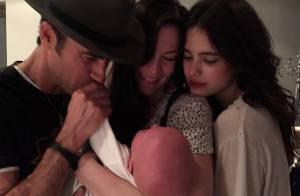 Liv Tyler, maman fière, présente son bébé à Justin Theroux et Margaret Qualley