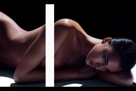 Irina Shayk : Nue et mystérieuse, l'ex de Cristiano Ronaldo enflamme la Toile