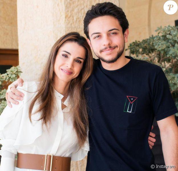Rania De Jordanie Et Son Fils Hussein Genereux Et Superbes Leur Lien Fabuleux Purepeople