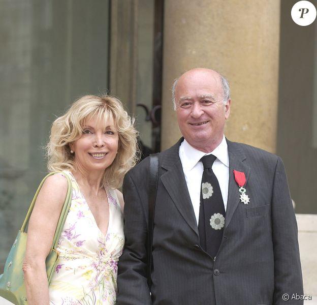 Georges Wolinski et son épouse Maryse au Palais de l'Elysée à Paris, le 27 juin 2005