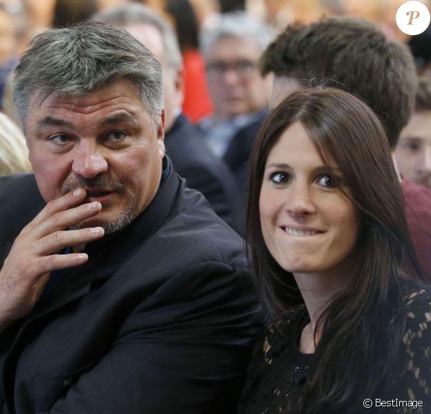 Exclusif - David Douillet et sa nouvelle compagne Vanessa lors du congrès fondateur des Républicains au Paris Events Center de la Porte de la Villette, à Paris le 30 mai 2015