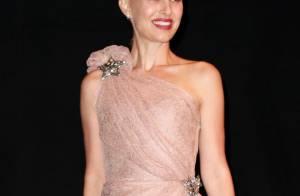 Natalie Portman rayonne au Canada, quand son mari s'affaire à Paris