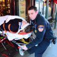 Arnaud Montebourg a été transporté à l'hôpital Bellevue à New York après avoir reçu une grande glace sur la tête au restaurant Balthazar où il prenait son petit déjeuner avec sa compagne Aurélie Filippetti le 20 février 2015.