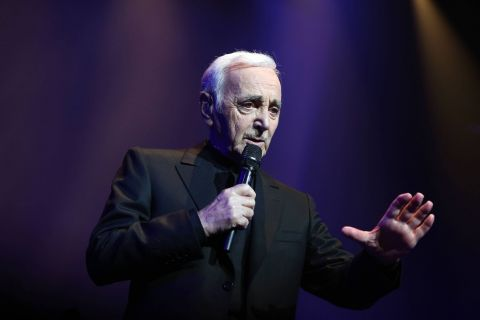 Charles Aznavour : Un mythe de 91 ans sur scène pour des concerts inoubliables