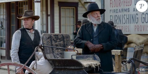 Kiefer et Donald Sutherland dans Forsaken.