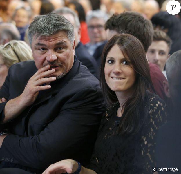 Exclusif - David Douillet et sa nouvelle compagne Vanessa au congrès fondateur des Républicains au Paris Events Center de la Porte de la Villette, à Paris le 30 mai 2015