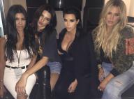 """Kim Kardashian, enceinte : Aussi sexy en famille qu'avec son """"BFF"""""""