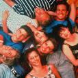 Jennie Garth, Jason Priestley, Gabrielle Carteris, Ian Ziering, Tori Spelling, Shannen Doherty, Brian Austin Green et Luke Perry de la série Beverly Gills, en 1990