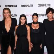 Kim Kardashian pulpeuse avec ses soeurs pour un anniversaire de premier choix