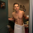 Matt Bomer torse-nu sur le plateau de l'émission de James Corden