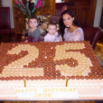 Jade Foret fête ses 25 ans en famille, le 26 septembre 2015.