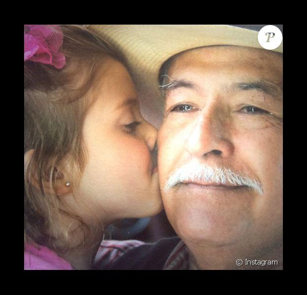 Ali Landry a posté une photo de son beau-père assassiné le mois dernier sur son compte Instagram.