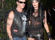 Cindy Crawford et Rande Gerber bikers punks face à la bombe Jessica Alba