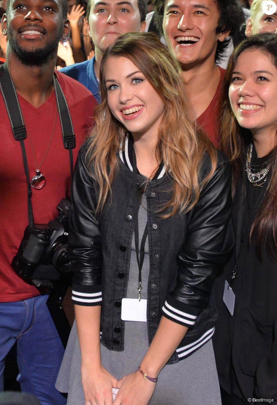 Exclusif - EnjoyPhoenix (Marie Lopez) rencontre ses fans lors du salon Video City, à Paris, le 7 novembre 2015.