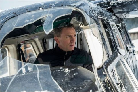 Box-office : James Bond et Kev Adams n'ont pas flanché face aux attentats