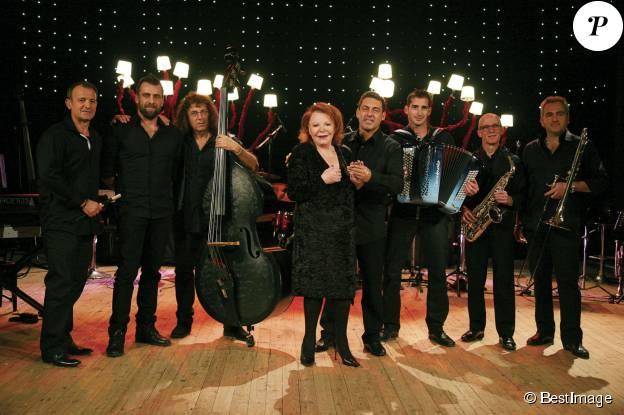 Exclusif - Rendez-vous avec Régine et ses musiciens lors de ses répétitions à Beaucaire le 29 octobre 2015. La première tournée de l'artiste démarre le 15 novembre à Montpellier.