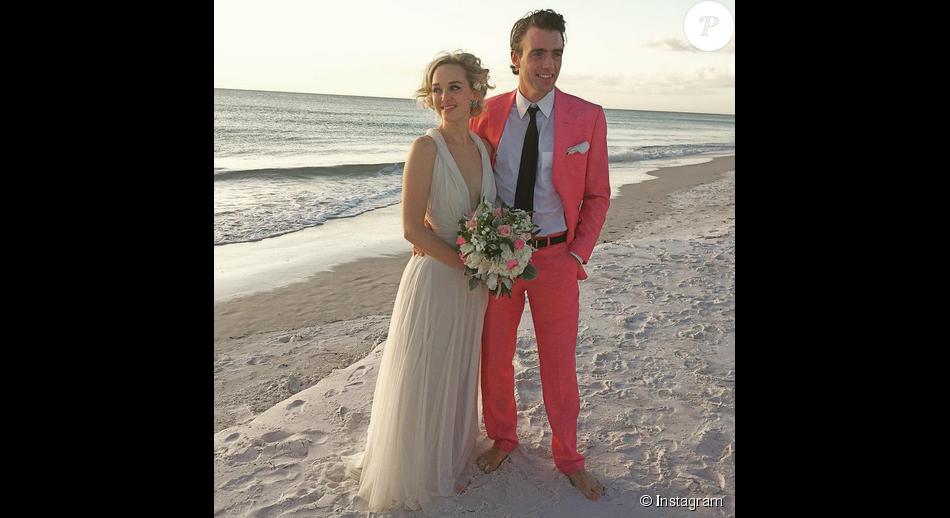 Jess Weixler a épousé son compagnon de longue date  Hamish Brocklebank  / photo postée sur le compte Instagram de Barbara Mus, le 6 décembre 2015.