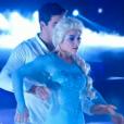 Priscilla Betti et son partenaire dans  Danse avec les stars 6 , le samedi 28 novembre 2015 sur TF1.