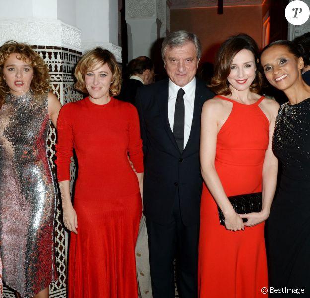 Olga Kurylenko, Valeria Golino, Valeria Bruni Tedeschi, Sidney Toledano, Elsa Zylberstein, Karine Silla - Dîner Dior à l'hôtel Royal Mansour lors du 15ème Festival international du film de Marrakech, le 11 décembre 2015.