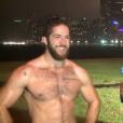 Ethan Renoe interviewé pour la chaine télé américaine WGN / image extraite d'une vidéo postée sur Youtube.